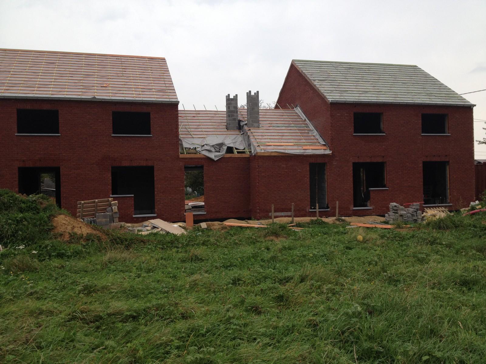 nouvelles photos des constructions de lobbes 29 09 14 conseil b le financement participatif. Black Bedroom Furniture Sets. Home Design Ideas