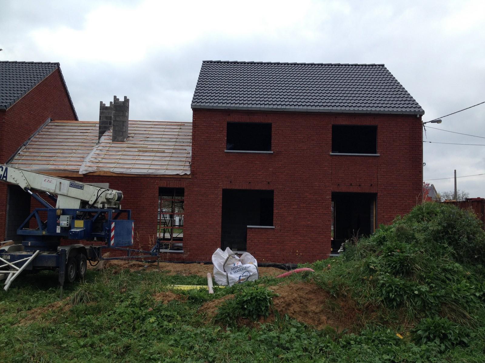 nouvelles photos des constructions de lobbes 06 11 14 conseil b le financement participatif. Black Bedroom Furniture Sets. Home Design Ideas